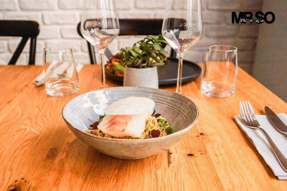Poisson et bouillon du restaurant Riff Levallois par mrso.fr photographe culinaire à Orléans 45, Loiret et Centre Val de Loire