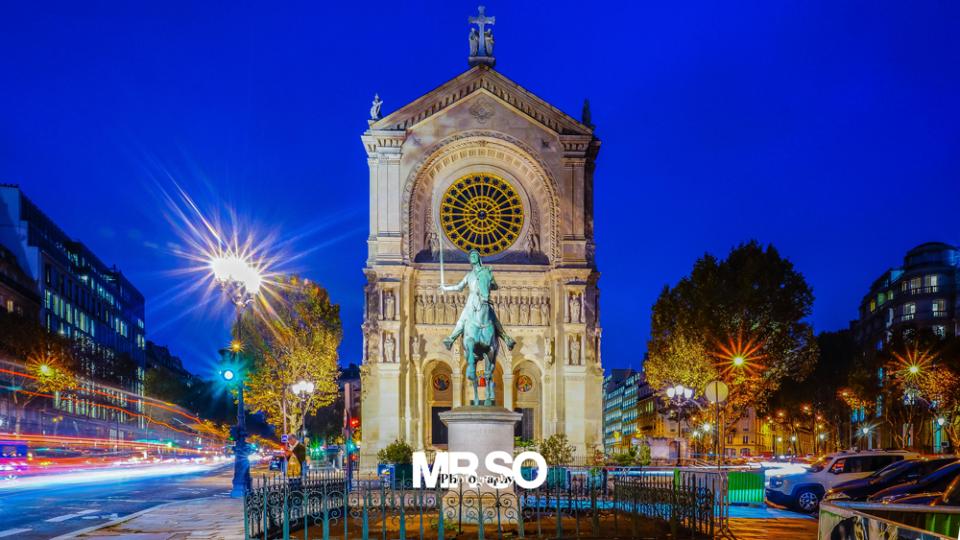 Place St Augustin par mrso.fr photographe paysage, architecture et immobilier à Orléans, 45, Loiret et Centre Val de Loire