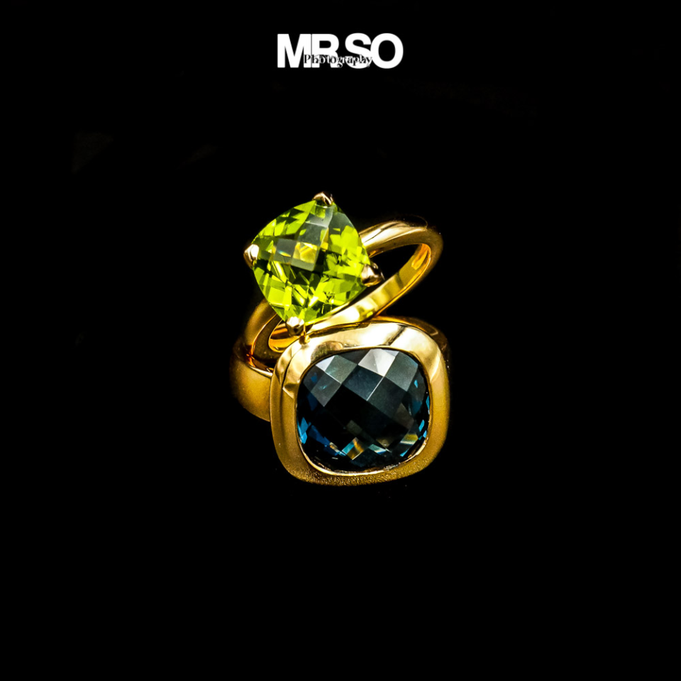 photo, bijou et bagues Emeraudes et saphirs par mrso.fr photographe bijoux et accessoires à Orléans 45, Loiret et Val de Loire